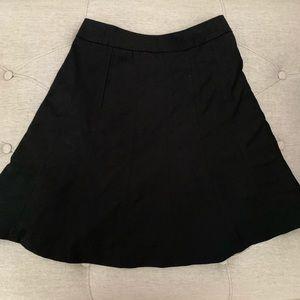 ✅ H&M black skirt size 4